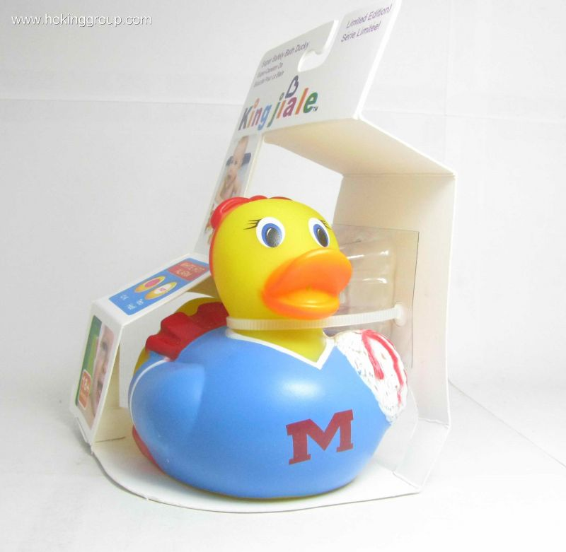 Bath toy with a safety indicator